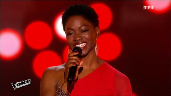 Blind Audition Headshot Smile-2 (with Mic)